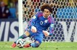 Chùm ảnh: Top 10 cầu thủ trở thành 'hàng hot' sau World Cup 2014