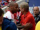 Chùm ảnh: Arsenal thua sát nút đội bóng của Thierry Henry