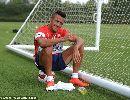 Chùm ảnh: Buổi tập đầu tiên của Alexis Sanchez tại Arsenal