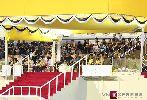 Chùm ảnh: Nhà vua Brunei thưởng thức bóng đá