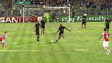 Chùm ảnh: Cận cảnh Demba Ba đe dọa khung thành của Arsenal từ giữa sân