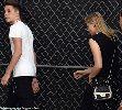 Chùm ảnh: Con trai Beckham tình tứ bên cô bạn gái xinh đẹp