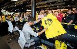 Buổi kí áo đấu hoành tráng của Kagawa tại Dortmund