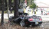 Chùm ảnh: Tiền đạo Jara thoát chết trong vụ đâm xe vào cây