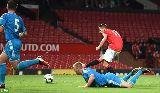 Chùm ảnh: Adnan Januzaj lập hattrick trước sự chứng kiến của HLV Van Gaal