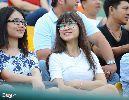 Fan nữ vượt 200 cây số đến Cần Thơ cổ vũ U21 Việt Nam