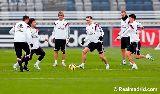 Chùm ảnh: Sau Bale, Real đón thêm Jese trở lại trong buổi tập