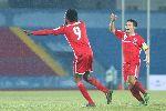 Song sát Jamaica qua mặt trung vệ U19 Việt Nam ở Hải Phòng