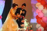 Chùm ảnh: Dàn WAGs ở đám cưới tiền vệ Duy Khanh