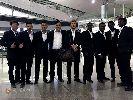 Chùm ảnh: Fan nữ Nhật Bản đến tận khách sạn xin chữ ký của Công Vinh