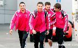 Chùm ảnh: Ronaldo dẫn đầu dàn sao Real đến sân Bernabeu sớm