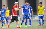 HLV Miura muốn dùng bóng chết để hạ gục Olympic Thái Lan