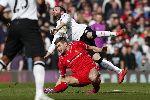 Chùm ảnh: Liverpool lộ gương mặt xấu xí trước Man Utd