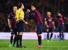 Real thua 1-2 trước Barca trong trận mưa thẻ