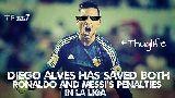 Ảnh chế: Gattuso chỉ bí quyết 'chặn Messi', Ronaldo đá cúp cho Messi