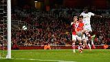 Chùm ảnh: Arsenal đứt mạch bất bại vì công nghệ goalline