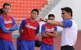 Tiếng cười không ngớt trong buổi tập của tuyển Thái Lan