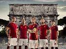 Chùm ảnh: Totti làm mẫu, Roma ra mắt áo đấu 15/16 đẹp tinh tế