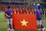 Chùm ảnh: Chùm ảnh: Tàn sát U23 Indonesia, U23 Việt Nam có quà chia tay NHM