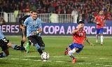 Chùm ảnh: Chùm ảnh: Cavani bị đuổi, Uruguay thành cựu vương Copa America