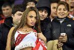 """Chùm ảnh: Điểm tin hậu trường 28/06: Peru vào bán kết Copa America, CĐV xinh đẹp nguyện """"lột sạch sành sanh"""""""