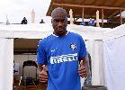 Chùm ảnh: Chùm ảnh: 'Bom tấn' Kondogbia làm quen với áo tập của Inter