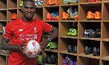Chùm ảnh: 'Bom tấn' Benteke chính thức là người của Liverpool