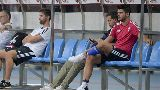 Chùm ảnh: Chùm ảnh: Morata buồn rượi nhìn các đồng đội luyện tập