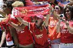 Chùm ảnh: Điểm tin hậu trường 08/08: Arsenal vô đối trên Twitter, Áo đấu của M.U đạt doanh số kỷ lục