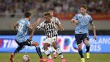 Chùm ảnh: Chùm ảnh: Tân binh mang siêu cúp về cho Juventus