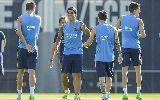 Chùm ảnh: Chùm ảnh: Dàn sao Barcelona tập luyện, mơ ngược dòng trước Athletic