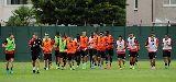 Chùm ảnh: CHÙM ẢNH: Sakho đóng vai thủ môn, Liverpool sẵn sàng đấu Arsenal
