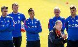 Chùm ảnh: Quyết tâm trả đũa Iceland, Robben hăng hái tập sút