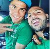 Chùm ảnh: C.Ronaldo căng mình tập luyện trên đất Albania