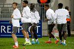 """Chùm ảnh: HLV Rodgers coi nhẹ Europa League, """"Lữ đoàn đỏ"""" thờ ơ tập luyện"""