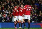 Chùm ảnh: Pereira hóa Beckham, Martial 4 bàn/4 trận, M.U hạ Ipswich