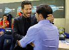 """HLV Simeone tư lự nhìn """"Tàu ngầm vàng"""" lên ngôi đầu"""