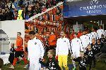Chùm ảnh: 'Tóc xù' David Luiz 'lên gối', bóng bay vào lưới đầy may mắn