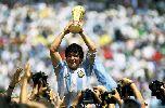 """Chùm ảnh: Top 5 """"chân sút"""" vĩ đại nhất trong lịch sử tuyển Argentina"""