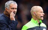 Chùm ảnh: Mourinho cô độc trên khán đài nhìn học trò thua trận
