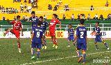 Chùm ảnh: Cầu thủ U21 Bình Định mặt đầy máu, phải nhập viện khẩn cấp