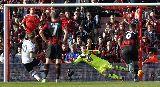 Chùm ảnh: Nhiều ngôi sao rơi vào đội hình tệ nhất vòng 10 Ngoại hạng Anh