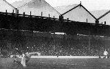 10 sự kiện tranh cãi nhất lịch sử Arsenal - Tottenham