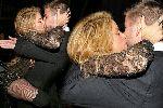 Chùm ảnh: Điểm tin hậu trường 19/11: Pique và Shakira lộ clip sex; Nạn nhân khủng bố Lebanon được gặp CR7