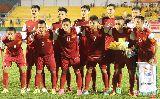 Chùm ảnh: Cầu thủ U21 Việt Nam tri ân CĐV sau chiến thắng 4-2 trước U21 Thái Lan