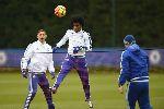 Chùm ảnh: Courtois trở lại, Mourinho tìm kế giúp Chelsea 'hóa giải' Tottenham