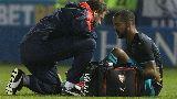 Chùm ảnh: Alexis, Cazorla & các cầu thủ chấn thương trong