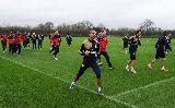 Chùm ảnh: Giroud sẵn sàng, Arsenal nhắm đến ngôi đầu bảng