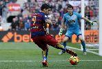 Chùm ảnh: Messi lập siêu phẩm sút phạt, Barcelona vẫn bị chia điểm tại Nou Camp