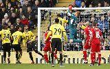 Chùm ảnh: Thủ môn mắc lỗi, Liverpool thảm bại trước Watford